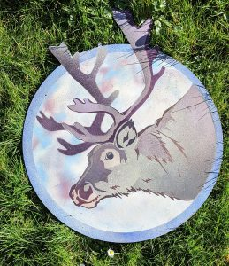 The Reindeer following The Magpie and The Ox.